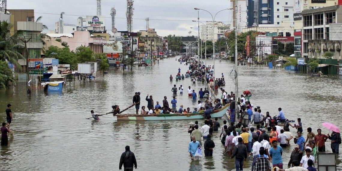 В Індії в результаті повеней загинули майже 100 людей